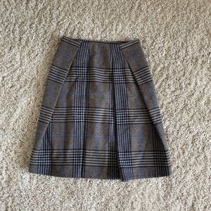 Burberry pleated wool Nova Check classic skirt